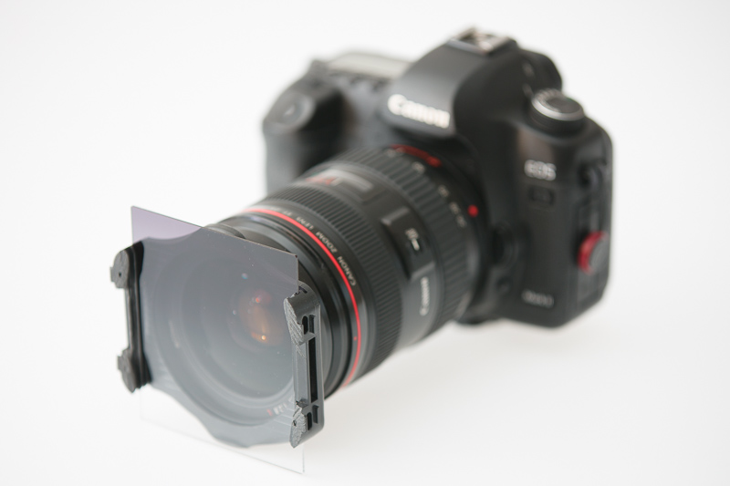 Filtr v držáku na fotoaparátu.jpg