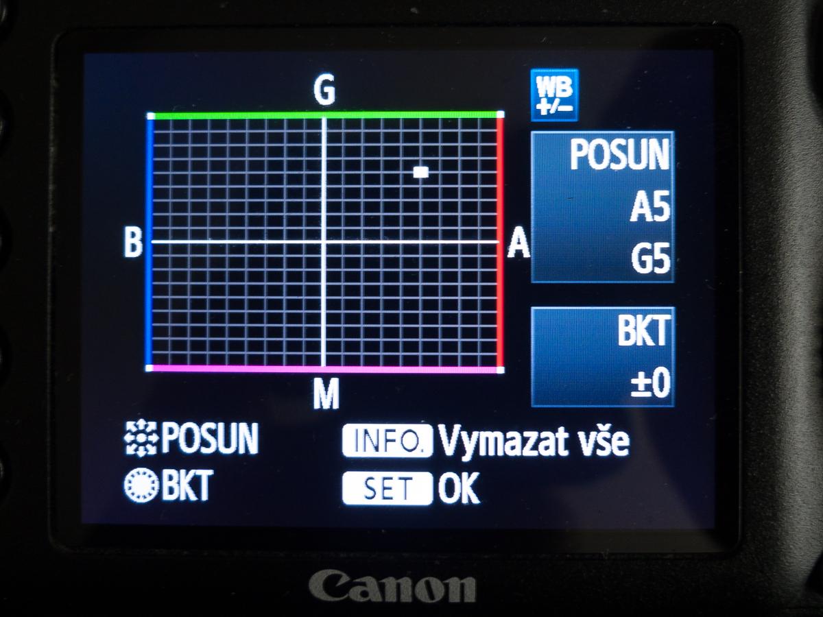 Nastavení korekce vyvážení bílé u digitální zrcadlovky Canon EOS 7D.jpg