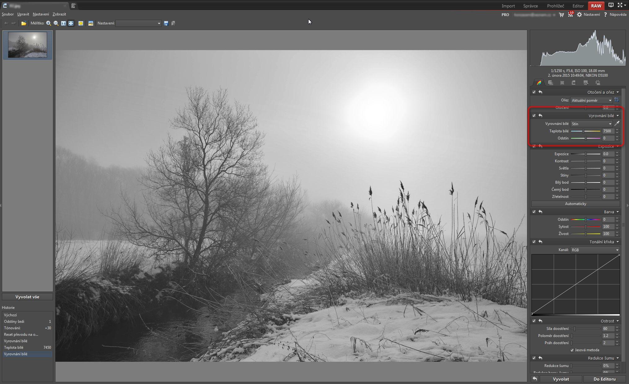 Projasnění fotografie opravou vyvážení bílé v prostředí modulu RAW
