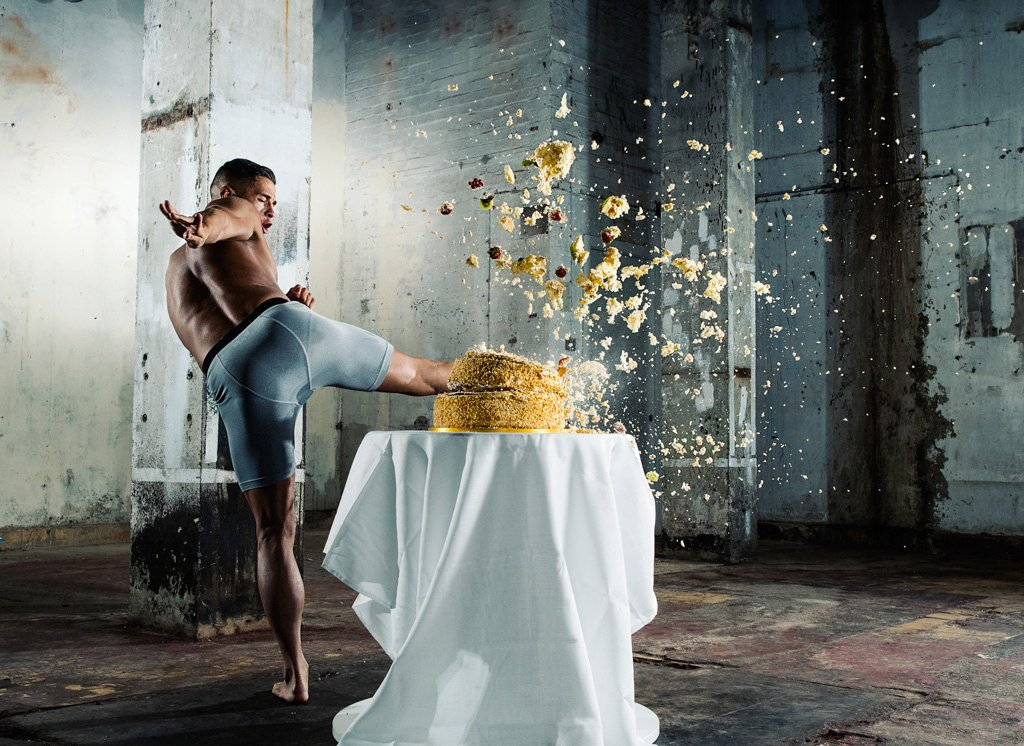 nikon_d500_camera_moment_of_impact_cake_02-original