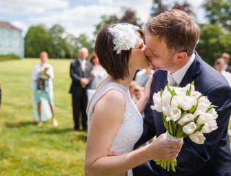 Horké chvilky při focení svatebních polibků