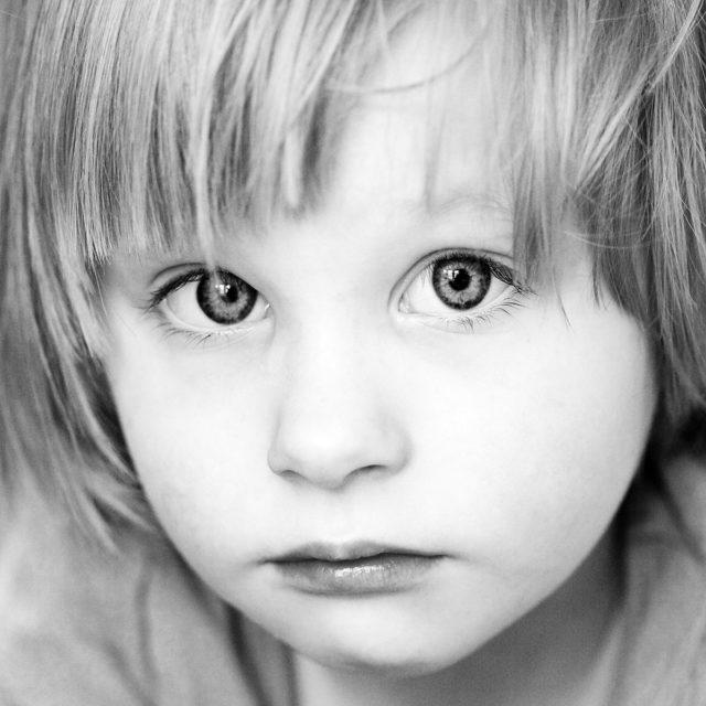 Detaily při fotografování dětí: close-up.