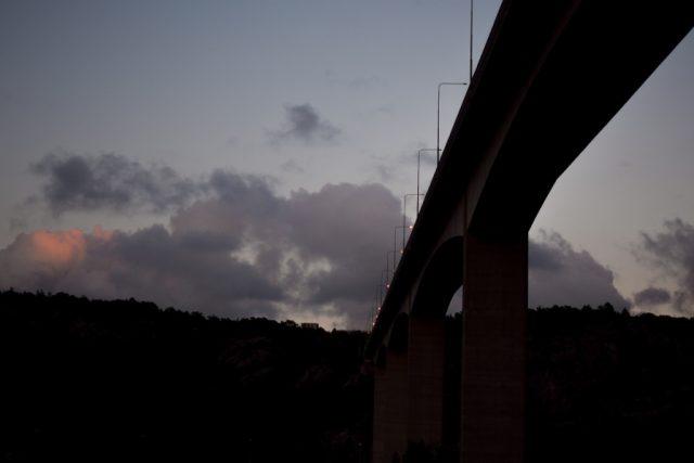 Focení venku: most.