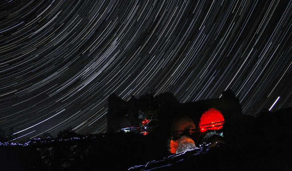 Ovládněte focení pohybu hvězd. 5 tipů, jak fotit star trails
