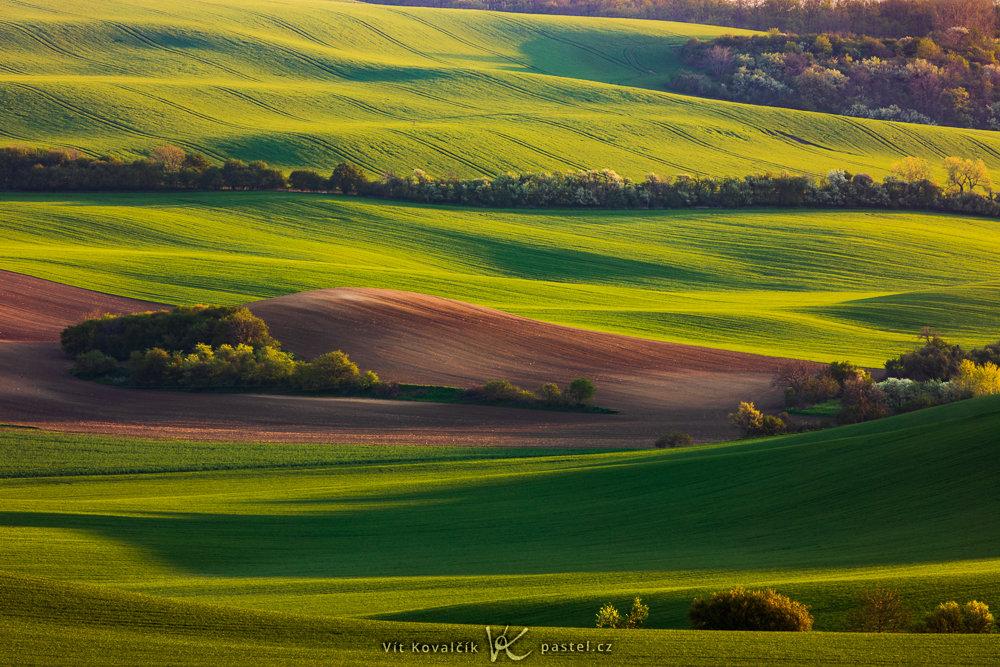 tipy jak fotit krajinu usvit slunce zboku