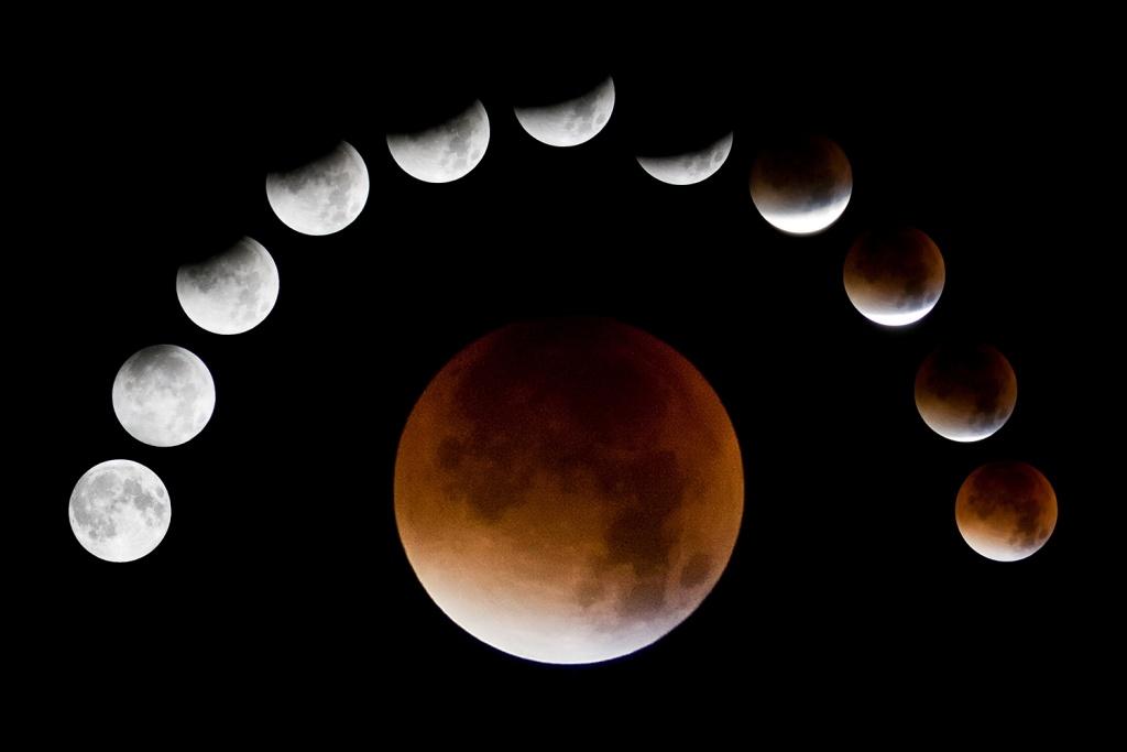 Vyfoťte si zatmění Měsíce - koláž