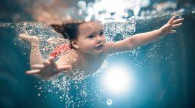 Jak fotit pod vodou? Stačí pouzdro, správný objektiv a trocha trpělivosti