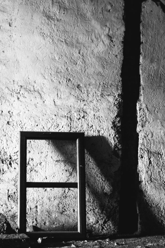 Urbex: jak ovládnout světlo a kompozici - okno