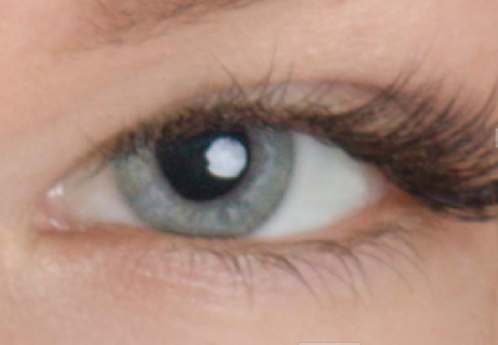 Naučte se retušovat portrét - oko zostřené a vyčištěné
