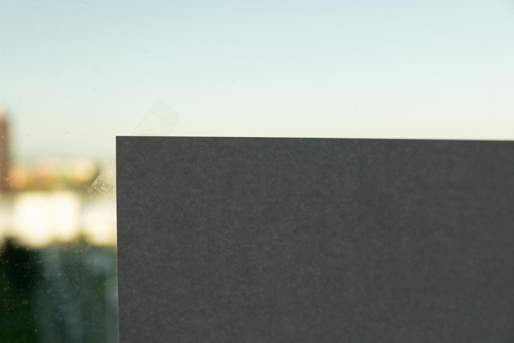 Foto vychytávky - papír na okně