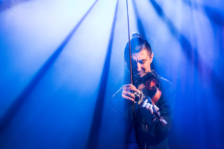 Jak fotit koncerty - efektní světla, Adam Baldych
