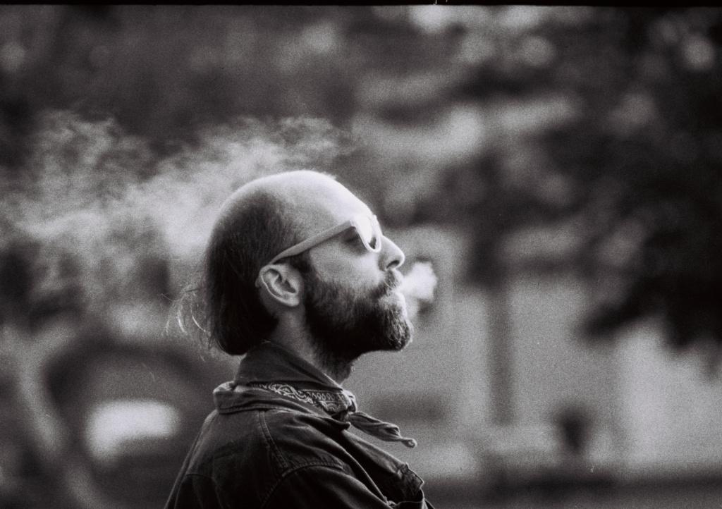 Jak začít s analogem - portrét s kouřem