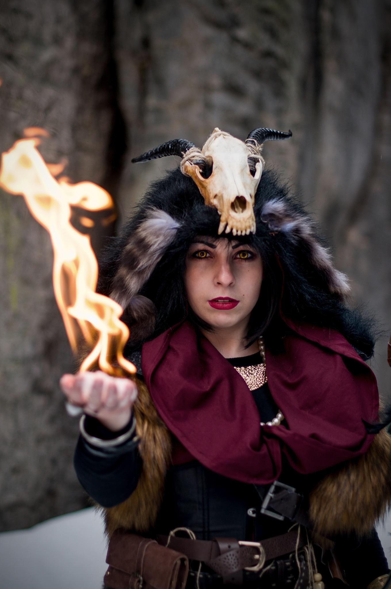 Jak fotit cosplay: základem je dobrý kostým, příprava a inspirace - oheň