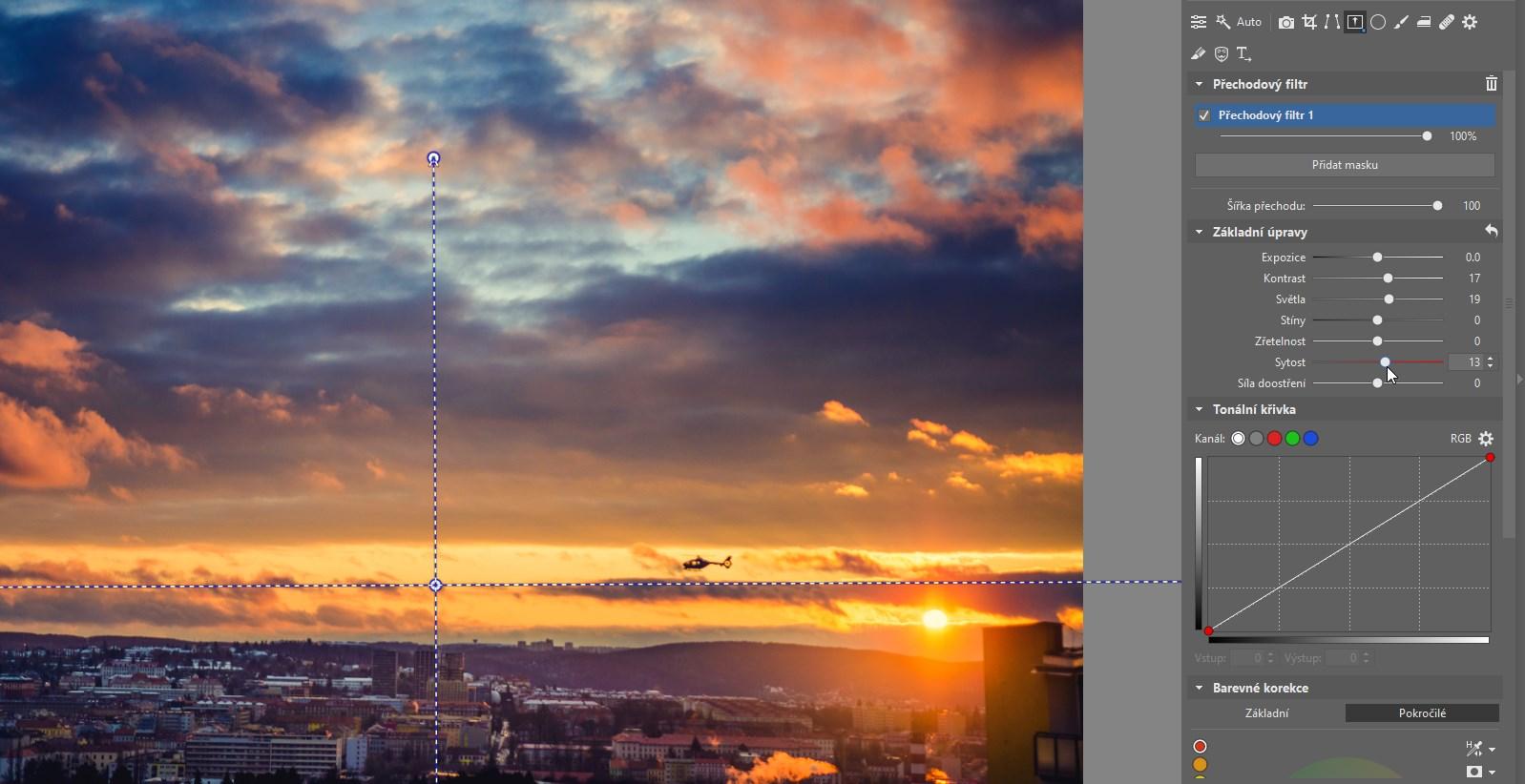 Jak používat přechodový filtr při úpravě fotografií večerní obloha