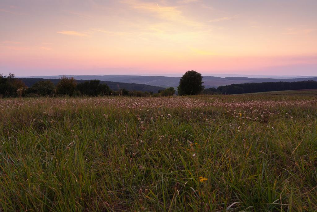 Změna světla v krajině - slunce blíž k horizontu