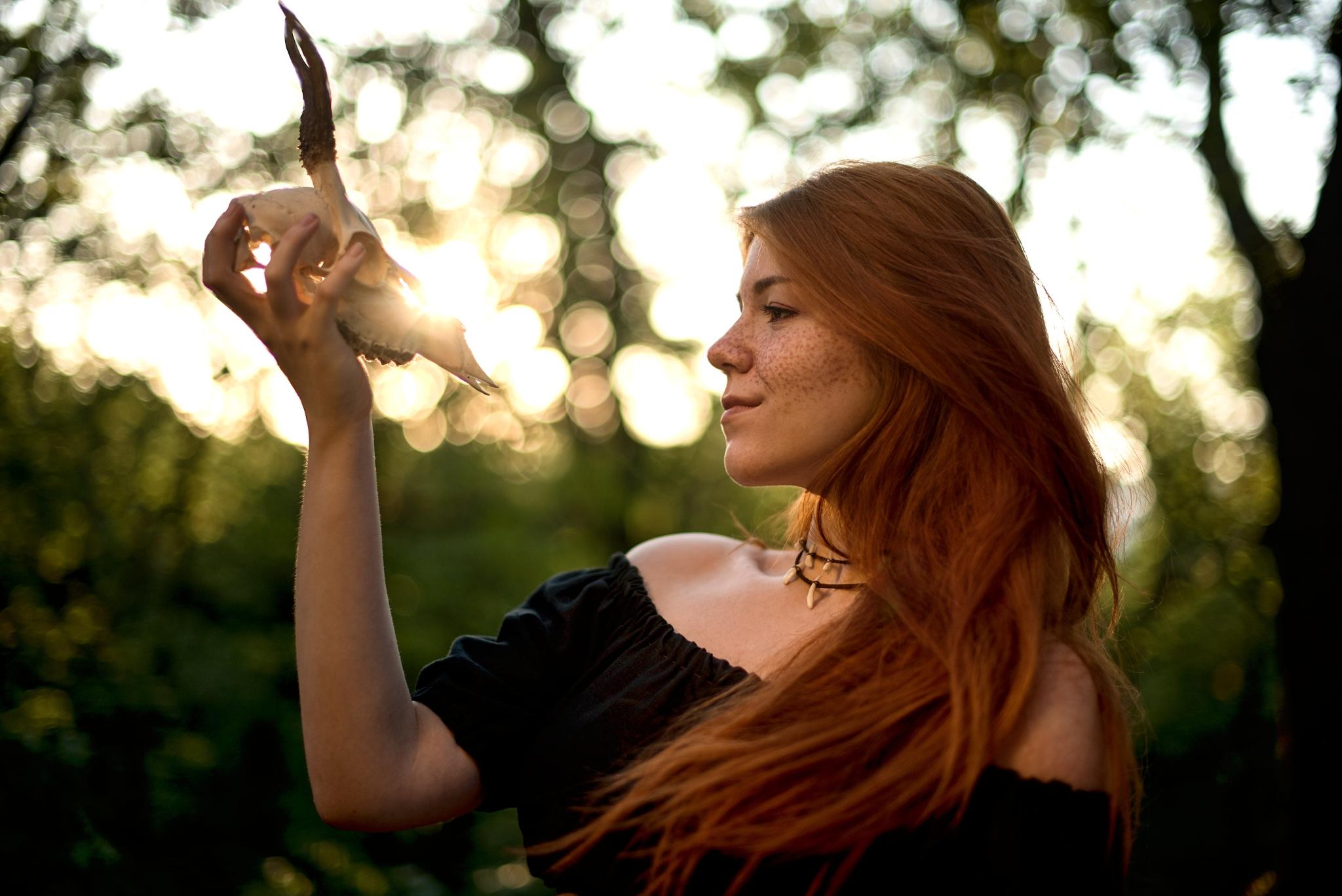 Zlatá hodinka, květiny a koupání: Přečtěte si, co a jak fotit v létě protisvětlo