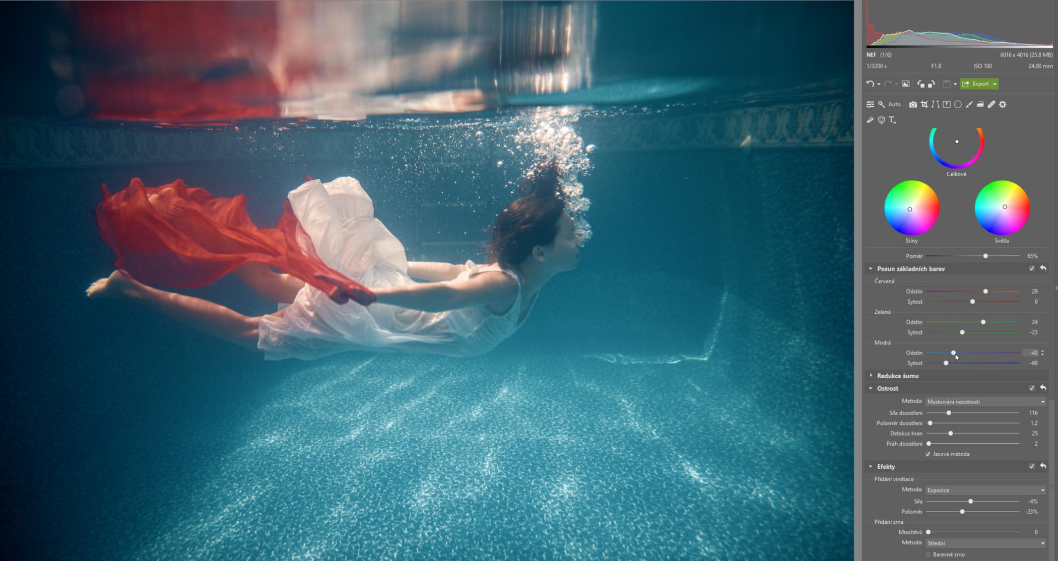 Fotografování pod vodou: jak podvodní fotky upravit, aby prokoukly