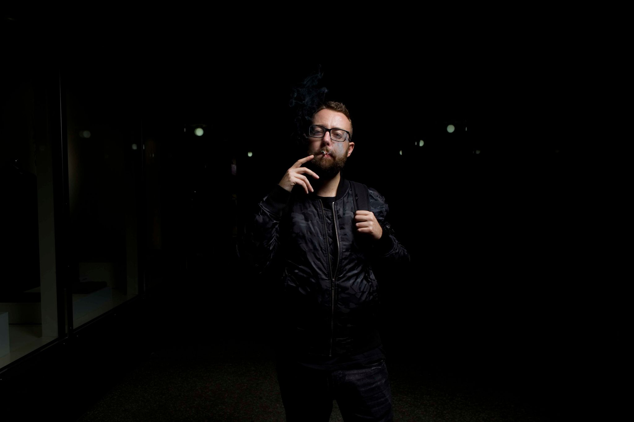 Jak fotit portrét širokoúhlým objektivem? Hlídejte si odstup a zvolte správný úhel